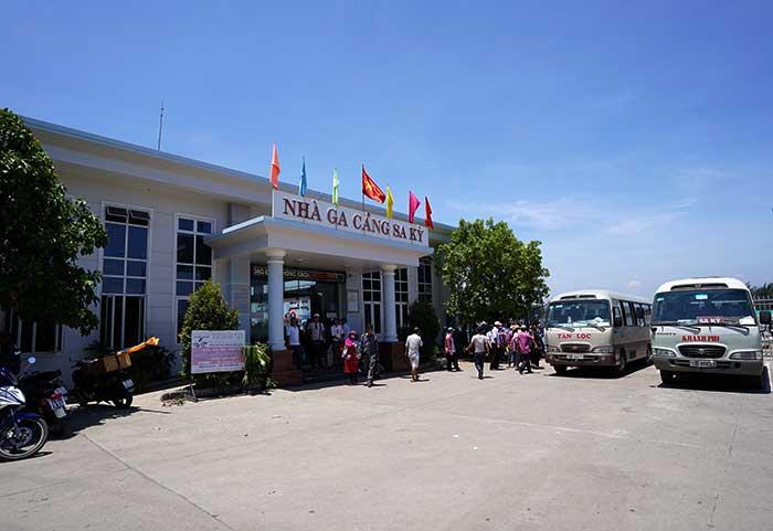 Cảng Sa Kỳ ra bến tầu ra đảo Lý Sơn
