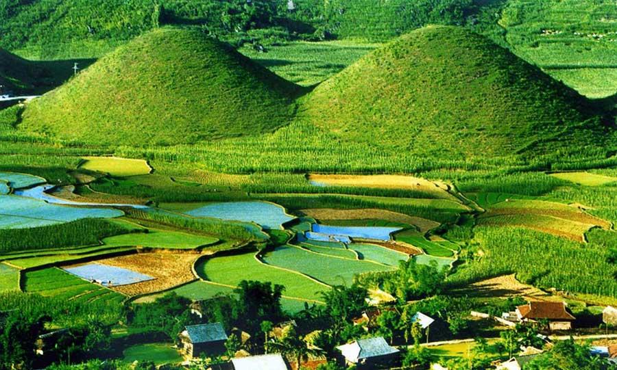 Núi đôi Quảng Bạ Hà Giang